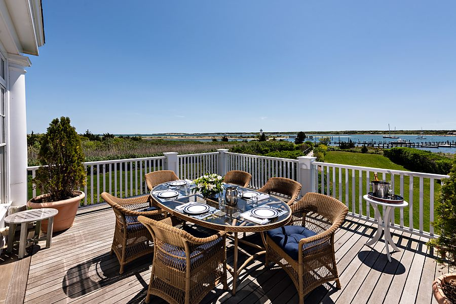 edgartown vacation homes with harborfront views